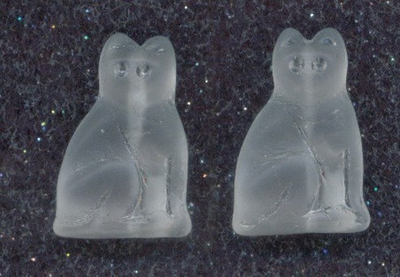 Large Matte Crystal Cat 14x20mm, 6 Pieces Czech Glass, Item 437