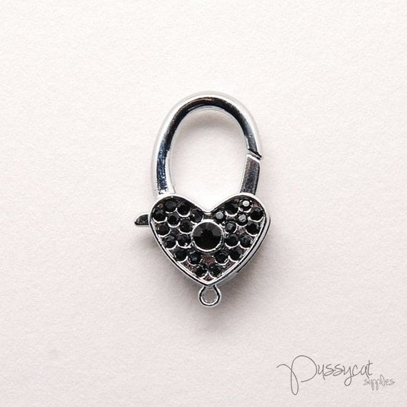 SR34752 // Crystal beads silver heart locket charm