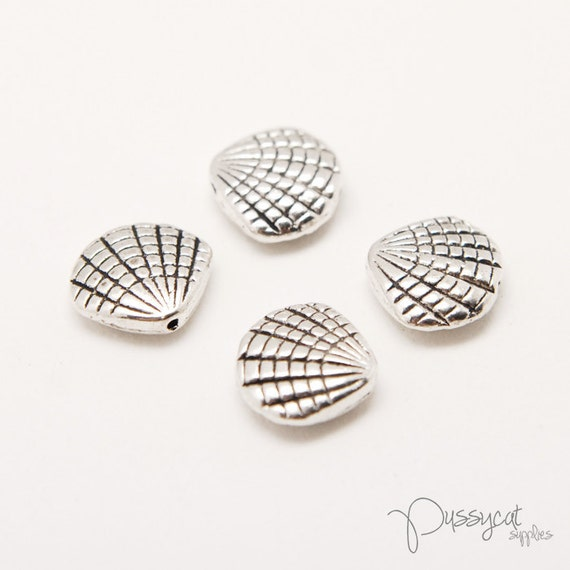 10pcs Antique Silver Shell Spacers (GT0408)