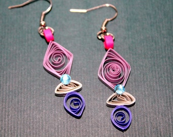 Mauve and purple paper quilled earrings