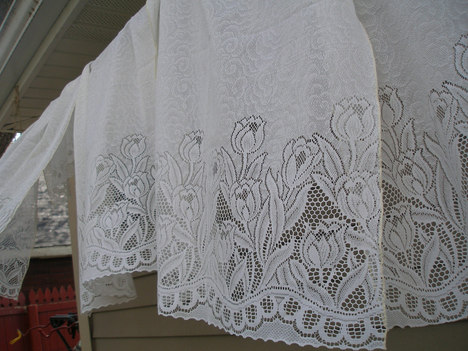 vintage lace curtains by vintagejunkeez on etsy