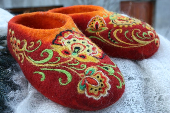 Felted Slippers- Khokhloma painting -Made to order-