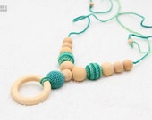 Organic Nursing breastfeeding necklace/Teething necklace with wooden ring pendant -pastel green, mint green, natural wooden beads
