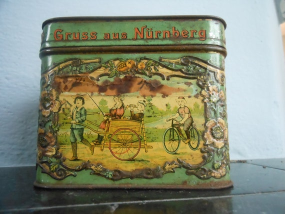 1910s Gingerbread Tin - Nurnberg Lebkuchen (Germany)