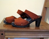 Vintage Rust Colored Strap Sandals with Gold Studs Size 6.
