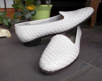 Vintage Woven Trotters Flats