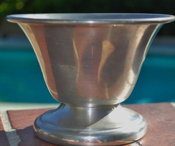 Vintage Connecticut House pewter Bowl