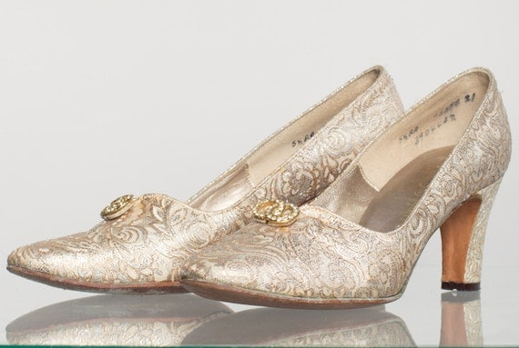 Vintage 1950's Gold Shoes/ Saks Fifth Avenue Gold Brocade Cinderella Heels Pumps 5.5