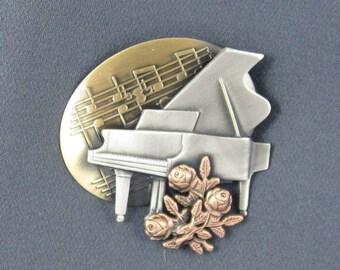 Baby Grand Piano Brooch- Piano Jewelry- Piano Pin