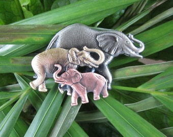 Elephant Brooch- Elephant Jewelry- Elephant Pin- Wild Animals