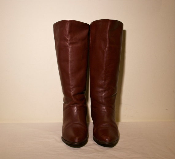 Size 7 Vintage 1980s Brown Leather Tall Flat Riding Pirate Fold Over Style Boots