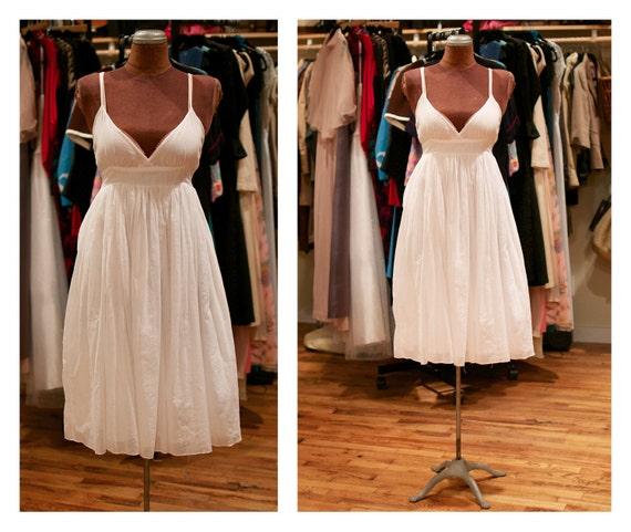 1990s White Cotton Boho Empire Waist Graduation Dress Summer Wedding Dress Beach Wedding Dress Sun Dress