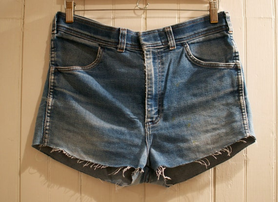 1970s 1980s High Waisted Washed Out Distressed Cut Off Jean Shorts