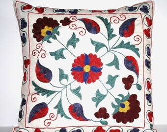 GRAND SALE / Vintage Hand Embroidered Suzani Pillow Cover - 20x20 inch