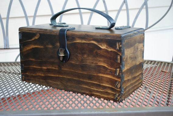 Rustic Pine Box for Telescope Eyepieces (or lunchbox, toolbox)