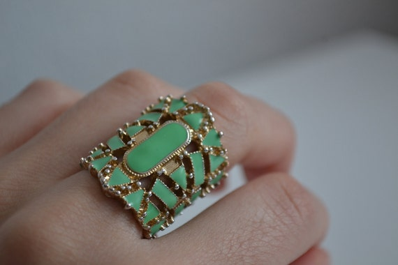 Vintage turquoise gold long ring size 7.5