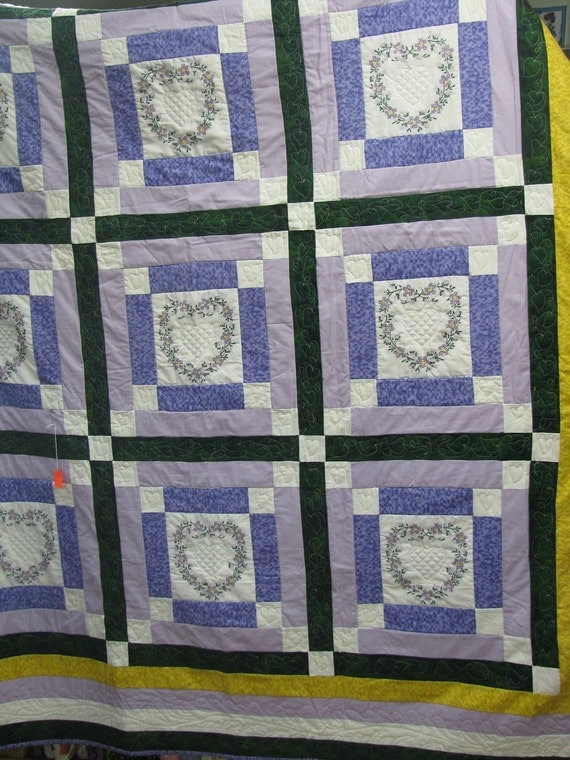 Sale  queen quilt hand embroidrey heart