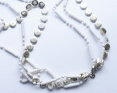 60s Mod Gold and White necklace (1 of 2)