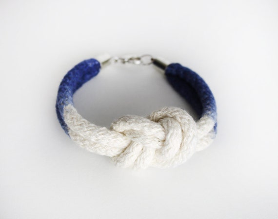 UNIQUE Dip Dye- Knotted Cotton Bracelet in navy blue and white