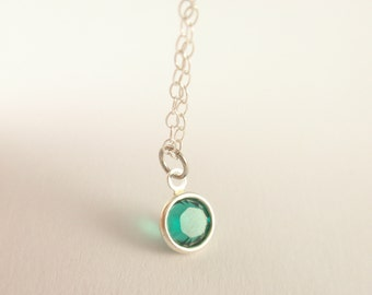 Tiny point emerald  Sterling silver necklace-simple everyday jewelry