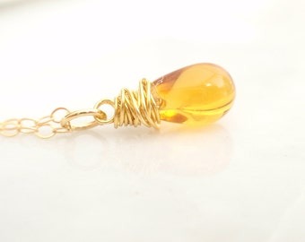 Gold Teardrop 14K gold filled necklace -simple everyday jewelry