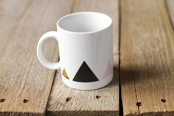 Tasse triangles