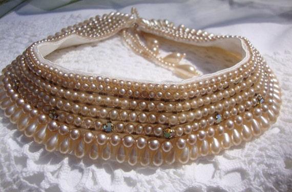 Retro / Vintage 1940's Baar and Beards Champagne Pearl Beaded Collar