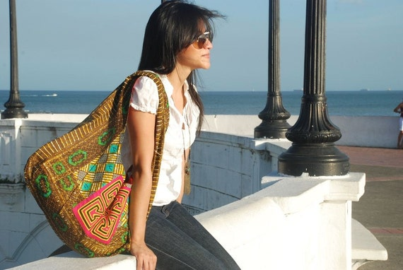 Playa Bag, Boho Chic, Urban, Global, tribal, African Print with Mola, socially responsible business for rural women in Panama