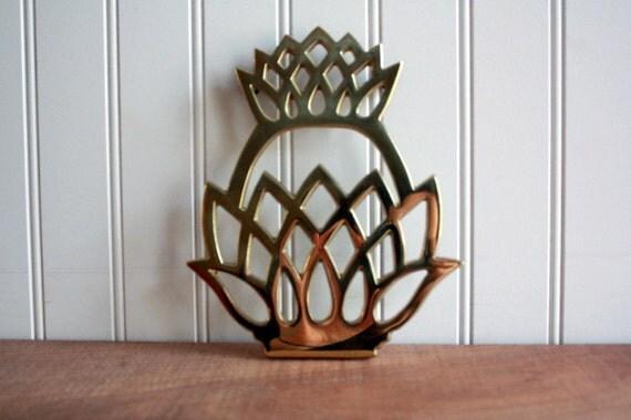 Vintage Brass Pineapple Trivet - Virginia Metalcrafters