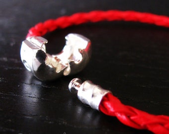 7.5in (19cm) Red Leather European Style Charm Bracelet With Love Clasp For European Charm Beads