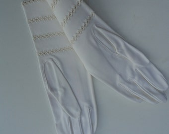 Vintage Cotton Gloves By Crescendoe Unused in Original Package 1950s