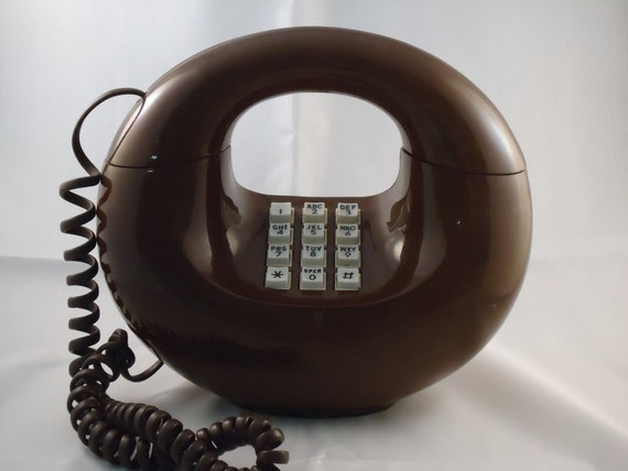 Vintage Western Electric Sculptura Brown Donut Phone