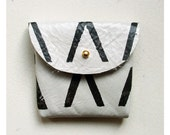 COIN PURSE // ivory white leather with black print