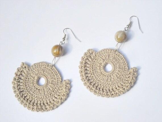 Crochet earrings beaded beige  - Hot cappuccino -OOAK - handmade finished products - pale brown beige