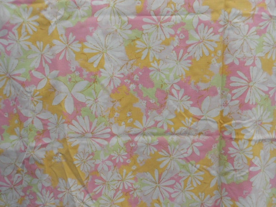 pink & yellow floral king size flat sheet cutter