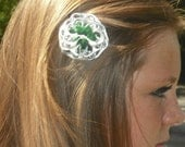 Double Layer Pop Can tab flower with alligator clip ( forest green with pearl colored stamin) 13
