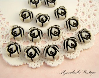10mm Vintage Rose Flower Acrylic Cabochons in Black & White (8)