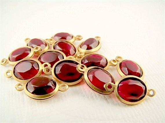 Vintage Garnet Red Oval Lucite Jewel Brass Connectors 14mm x 7mm (6)