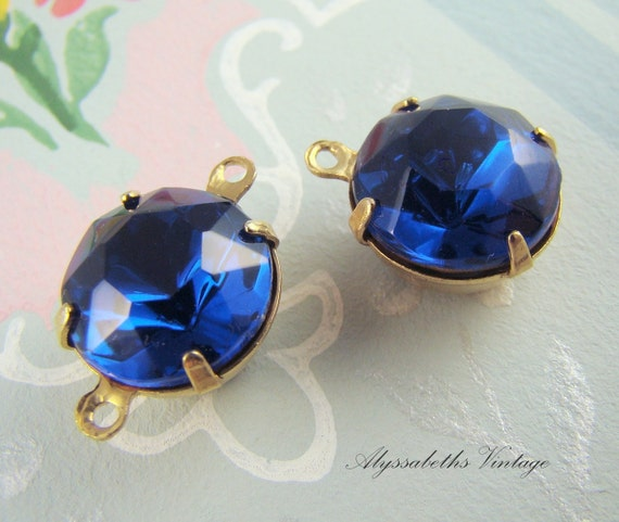 Vintage 11mm Sapphire Blue Glass Stones in Brass Settings Drop or Connector - 4