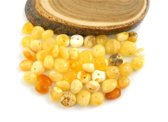 Natural Baltic Amber polished round beads - 50 pcs - Milky - Honey