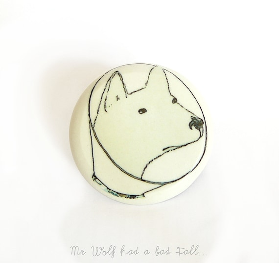 Illustrated brooch. Get well gift. Wolf wearing collar - E-cone
