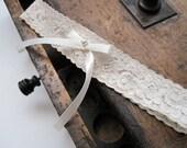 Wedding Garter: Vintage Inspired Beige Lace Garter