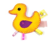 Baby sensory toy - crinkle crackle - felt duckling taggie, soft taggy