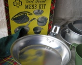 LAST CHANCE!  Great Vintage Girls Scouts Mess Kit Complete and In Original Box