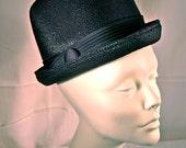 Vintage flowerpot hat by Doree of New York