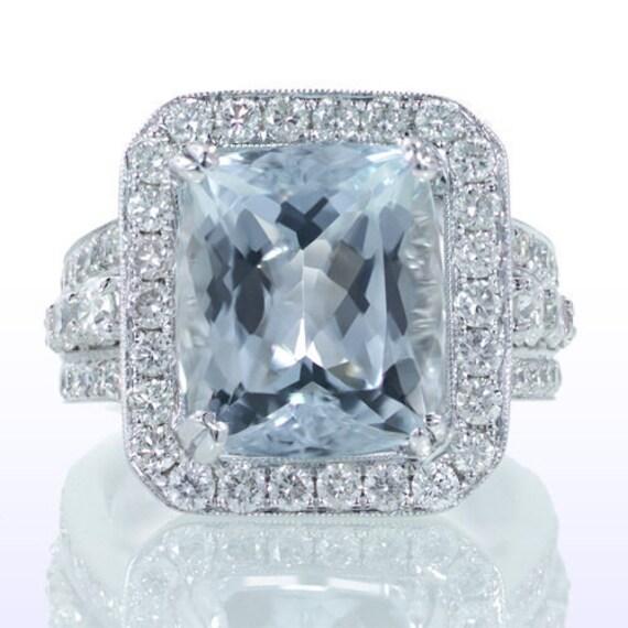 Spectacular 18K White Gold Aquamarine and Diamond Ring