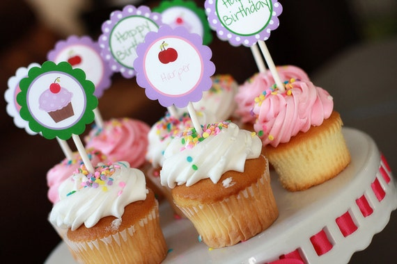 Printable Party Circles- Purple Cupcake Collection
