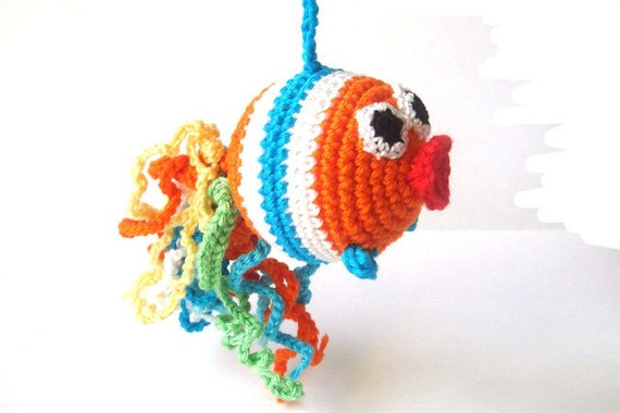 Crochet toy  Rattle fish  - orange - bright striped - toy rattle - teething toy - nursing necklace - gift for baby