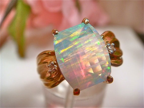 70% OFF Huge 3.0ct Opal Faceted Ladies Solitaire Ring w/ Diamonds, 10K Gold. (Value 1,900 USD)