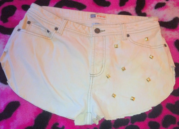 STUDDED Faded Glory High Waisted Jean Shorts Distressed Beige Jeans Gold Pyramid Studs Stretchy SZ. 8